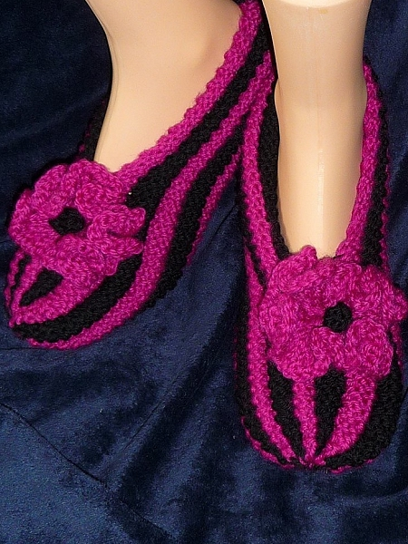 Hand knit Women's Slippers